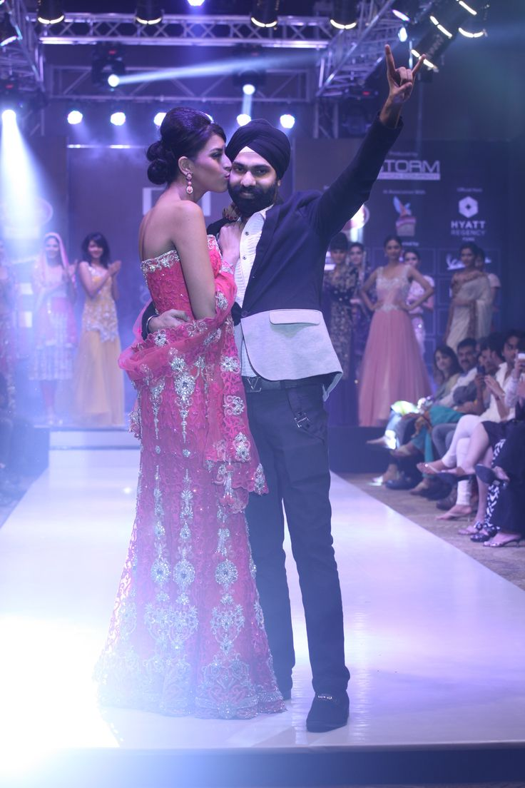 Iconic fashion designer AD Singh at the Pune style week for singnature Premier. AD Singh Showcased an eclectifying collection of wedding lenghas, long gowns and red carpet dresses, an absolute couture collection that made every high heel contribute to the standing ovation.