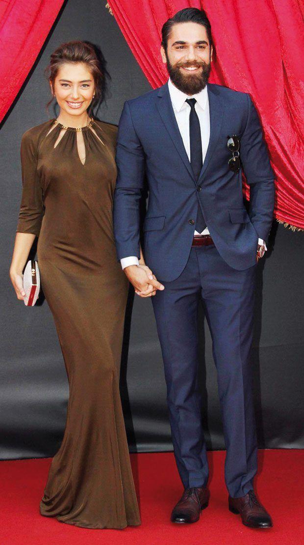 Murat Boz ile Burak Özçivit Merve Boluğur ve Murat Dalkılıç'ın düğününe gitmedi - Hürriyet Paparazzi