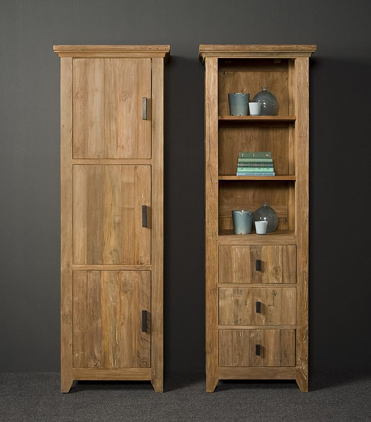 Ruud is een uitgebreid woonprogramma dat op ambachtelijke wijze vervaardigd wordt van gerecycled teak hout. Het met zorg geselecteerde oude hout zorgt voor een prachtige landelijke uitstraling. De dichte kast is op de foto aan de linkerkant afgebeeld, de andere kast betreft de HD 0015 Ruud Boekenkast met 3 laden. Technische specificaties Afmeting: 65x40x190 (h) cm Kleuromschrijving: C 169 - Rustic teak / Black & white wash Levertijd: 3-8 weken