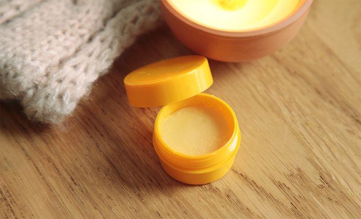 -DIY- Un Baume à Lèvres Orange et Miel  MyRainyDays : http://myrainydays.com/2013/11/diybaume-a-levres-miel/
