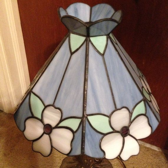 Stained glass lamp shade dogwood flowers