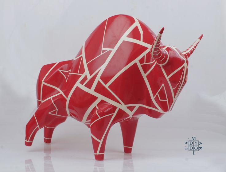 XXL size model Lines, 44 x 53 x 33 cm. Ceramic sculpture.
