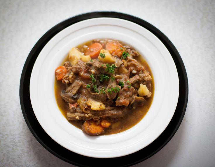 Slow cooker lamb stew @ http://allrecipes.co.uk
