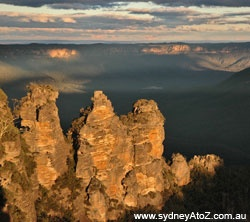 The Three Sisters, Katoomba, viewed from Echo Point.