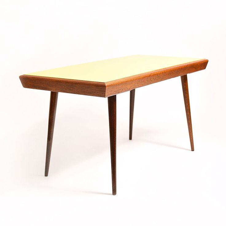 Coffee table with double-sided top board