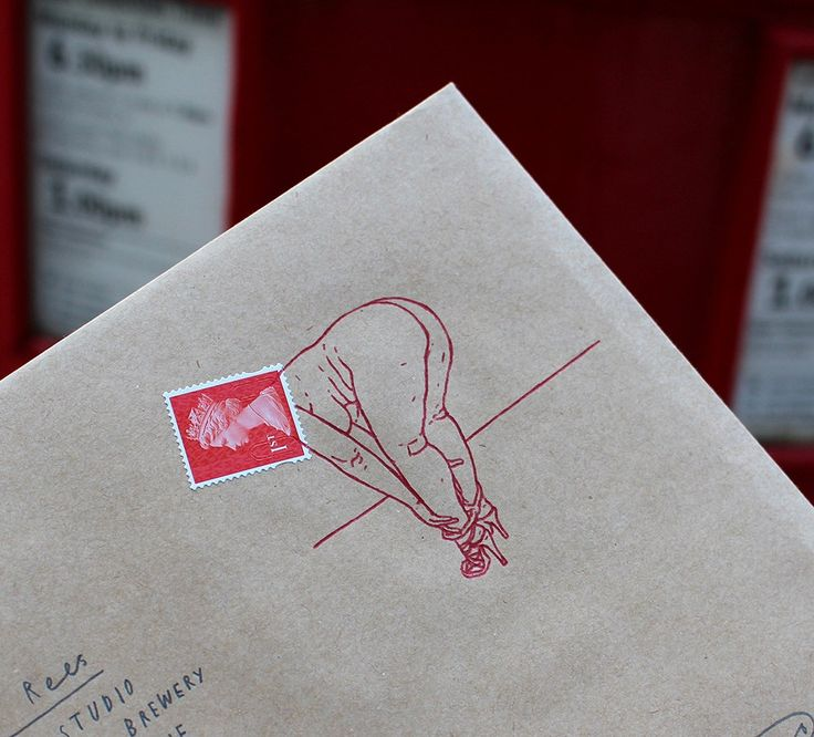 In 2011, Mr Bingo started mailing insulting postcards to total strangers. All you had to do was ask and pay 50 pounds for the service. Probably because his hand-drawn messages had more foolishness …