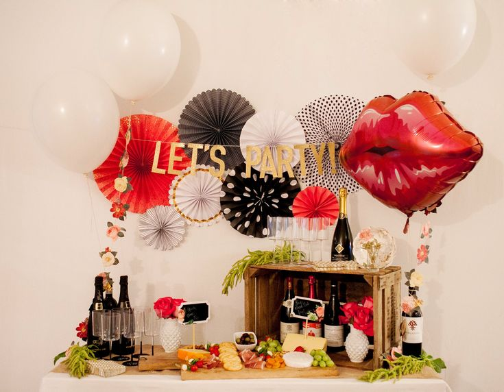 Check out those lips!! A stunning gigantic fun lip balloon! We love it with this wine and cheese party.
