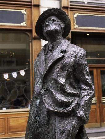 statue of James Joyce