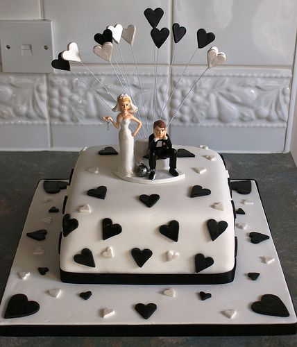 Wilder cakes for wedding anniversary