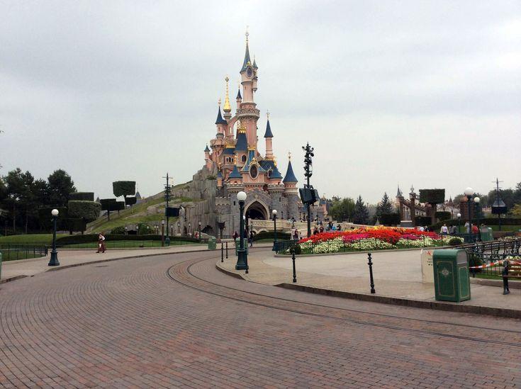 Dedicated to DLP – Celebrating Disneyland Paris. Top 10 Disneyland Paris Better Than Walt Disney World