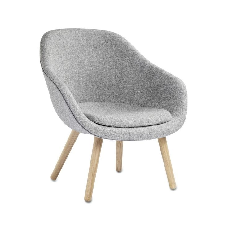 ABOUT A LOUNGE CHAIR / low in oak and Kvadrat fabric - HAY