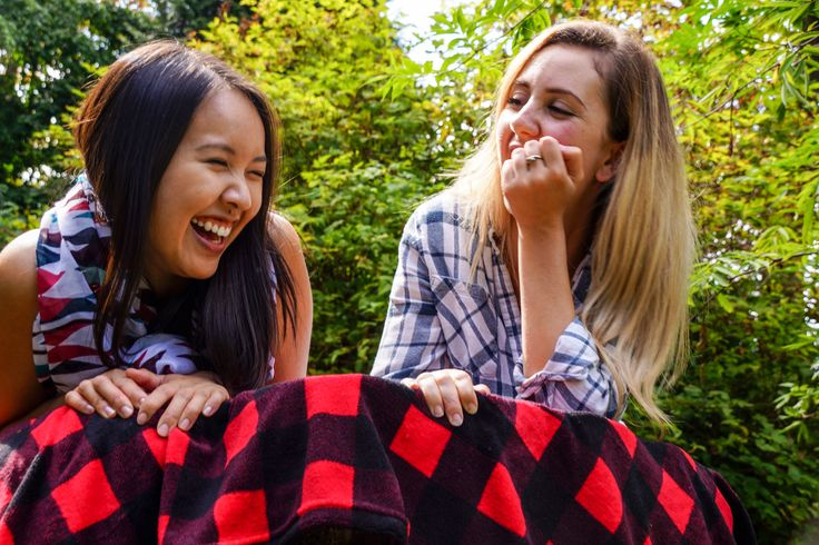 You'll love to snuggle up to do your homework under the soft, cuddly Cabin Throw. Throw it in your dorm room for a homey accent.