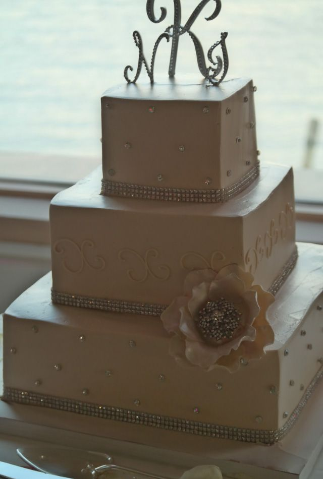 This chocolate wedding cake features chocolate on