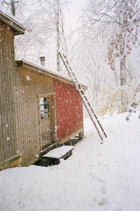 I really miss snow!: Snowy Woods, Wooden Ladder, Snowy Cabin, Winter Wonderland, Rustic Cabin, Children, Snow Christmas Holiday, Snowy Day, Snow Scenes