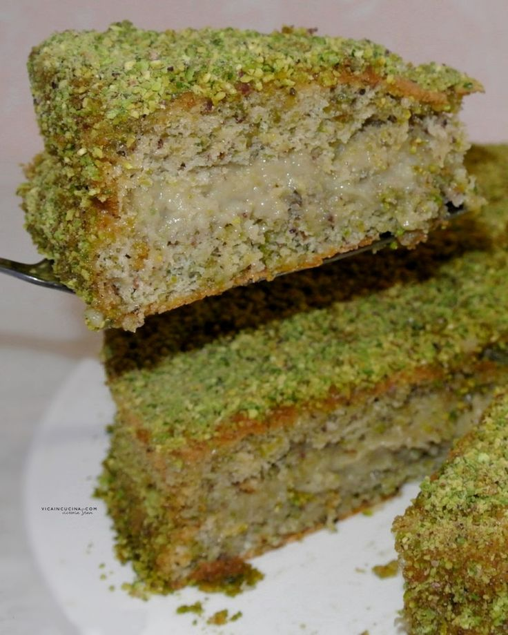 Torta al pistacchio con crema di pistacchio di @vicaincucina