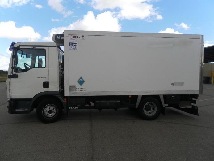 SE VENDE CAMION MAN 180 FRIGORIFICO - Camiones en Orense.