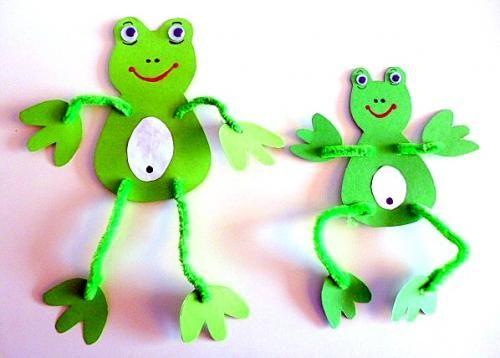 Frosch mit Pfeiffenputzer - Tiere Basteln - Meine Enkel und ich - Made with schwedesign.de