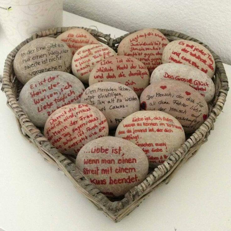 Steine mit Sprüchen