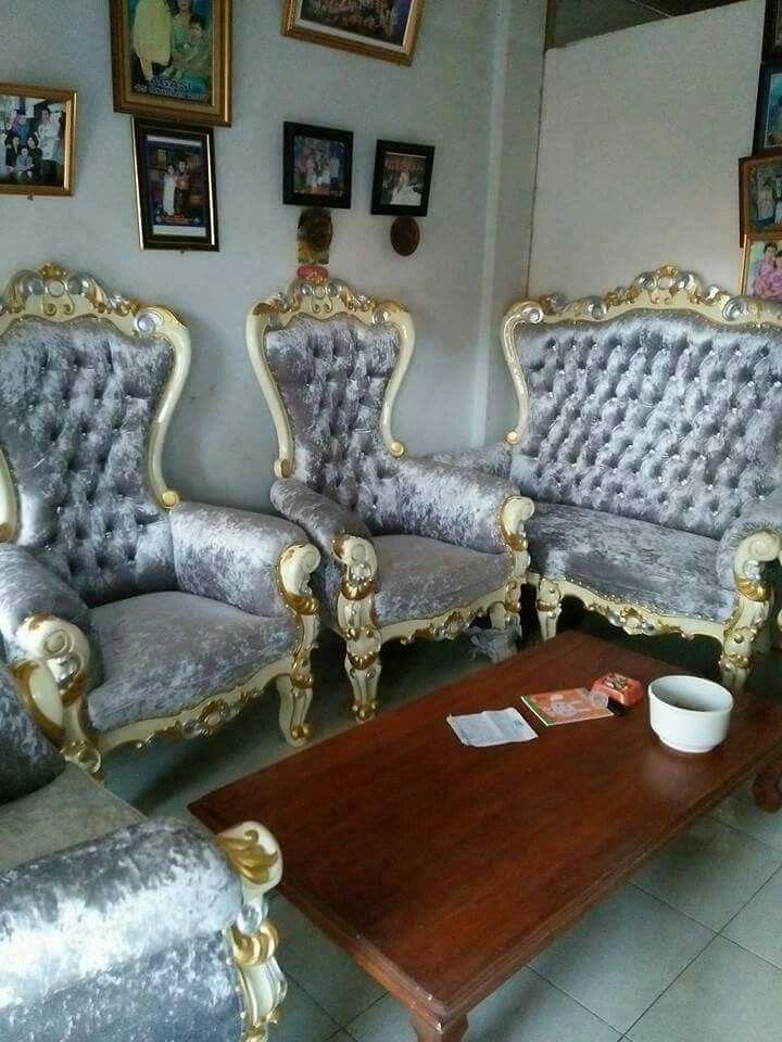 Sofa ruang tamu princes. Keterangan harga langsung lewat whatsapp kami 082331583274 #sofaruangtamu #sofamewah #sofaukiran #sofaruangtamu #furniturejepara