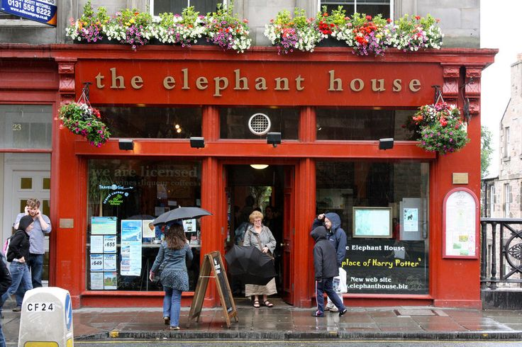 The Elephant House, Edinburgh | 19 British Places All Book Lovers Must Visit Most famous for being J.K. Rowling's go-to writing spot in the early days of Harry Potter, the Elephant House's cosy atmosphere, delightful menu, and stunning view of Edinburgh Castle has been enjoyed many respected writers, includin Ian Rankin and Alexander McCall-Smith.