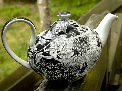 Liberty Of London Teapot Target Black White Sunflower Fl Ceramics And Pottery Arts Resources Decor Ideas In 2018 Pinterest Tea Pots