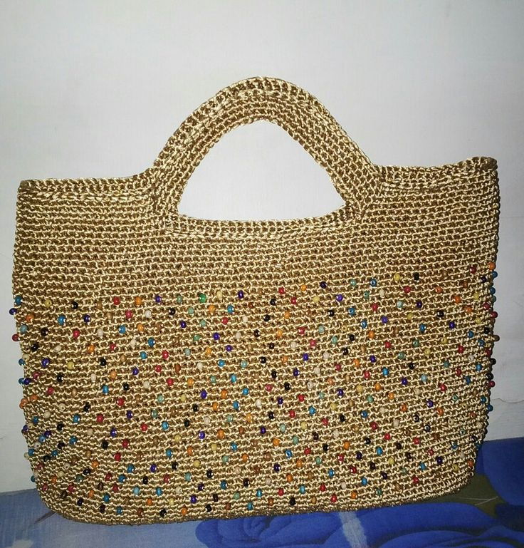 crochet bag with wooden beads by me