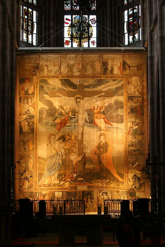 Een vasten- of hongerdoek (latijn: velum quadragesimale), is een vanaf de middeleeuwen in rooms-katholieke kerken gedurende de vastentijd tussen het middenschip en priesterkoor opgehangen doek ter bedekking van het altaar.