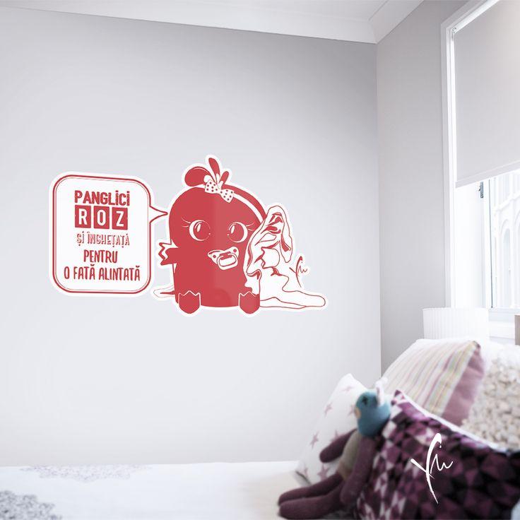 Sticker cu text imprimat: Panglici roz si inghetata pentru o fata alintata. Il gasiti la http://ya-ma.ro/produs/panglici-roz-sticker/