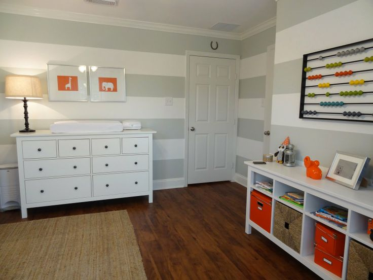Boys room gray stripes 12 5 wide benjamin moore gray for Boys room accent wall