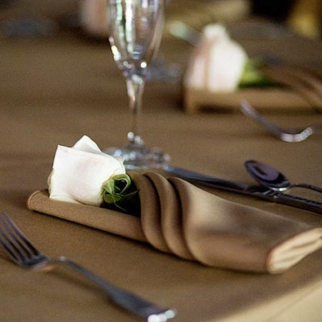 224 best chocolate wedding images on pinterest petit fours cake wedding and descendants cake. Black Bedroom Furniture Sets. Home Design Ideas