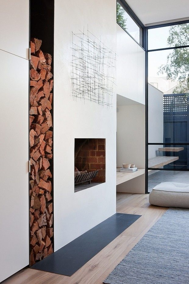 cheminée - Rénovation par Robson Rak Architects et Made by Cohen