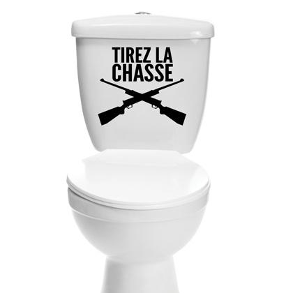 Imposez votre loi dans vos toilettes grâce à ce sticker humoristique.