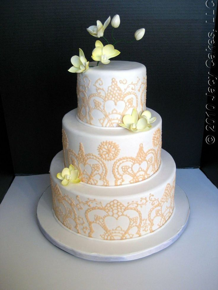 wedding cakes falling over 49 best fall wedding cakes images on 24342