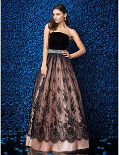 TS Couture® Formal Evening Dress Plus Size / Petite Ball Gown Strapless Floor-length Lace / Velvet with Lace / Crystal Brooch