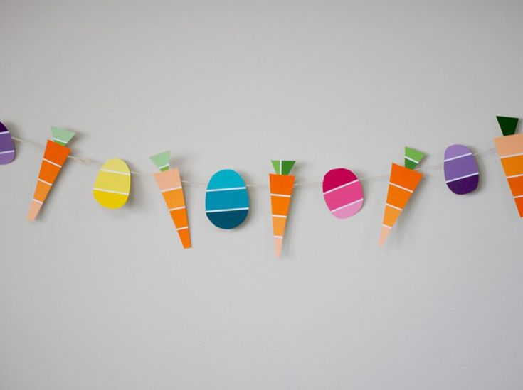 Carrot & Egg Easter Garland, made from PAINT CHIP! Cute, easy, & FREE!