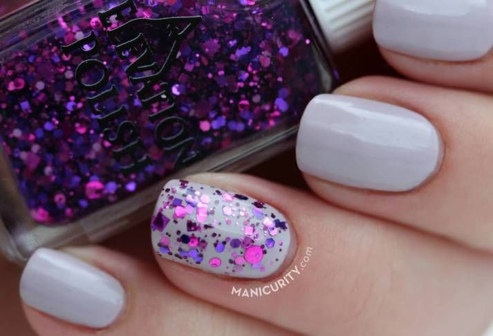 Pink-and-purple-classic-glitter-accent-nail-art Glitter Accent Nail Art - Ideas for Accent Nails That Update Your Manicure #bestnailartideas #nails #design