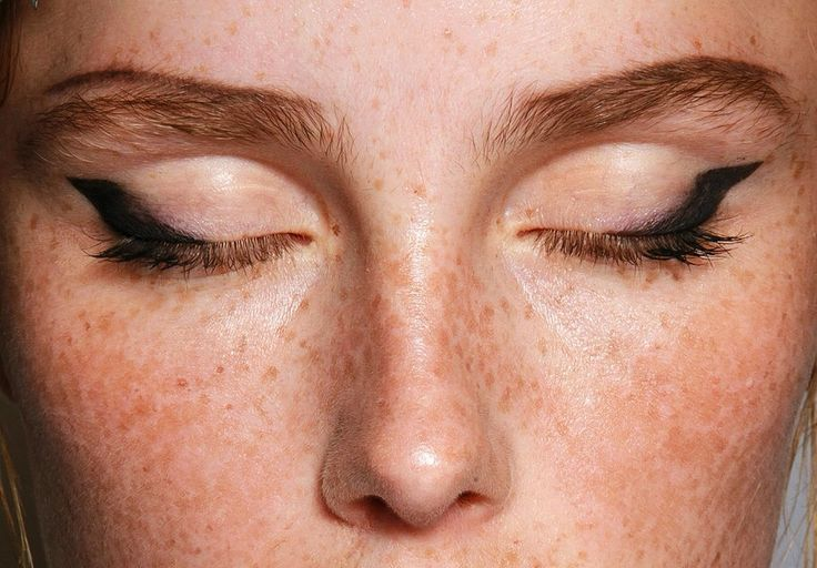 isteiro:  make-up at Prada S/S 2015 at MFW