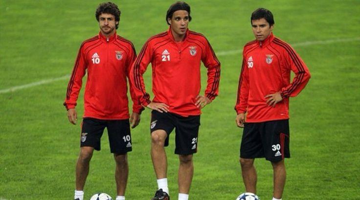Pablo Aimar, Nuno Gomes e Javier Saviola.