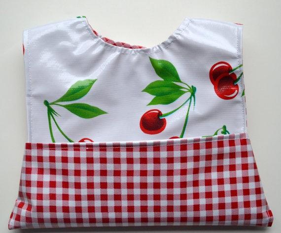 Isn't this a cute bib!!!!    It's from http://www.etsy.com/shop/NoodleBeeBoutique: Vinyls, Isn T, It S, Etsy, Pockets, Bibs, Cherries