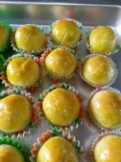 Catherine's Cooking @ cathteops: Pineapple Tarts (enclosed version)