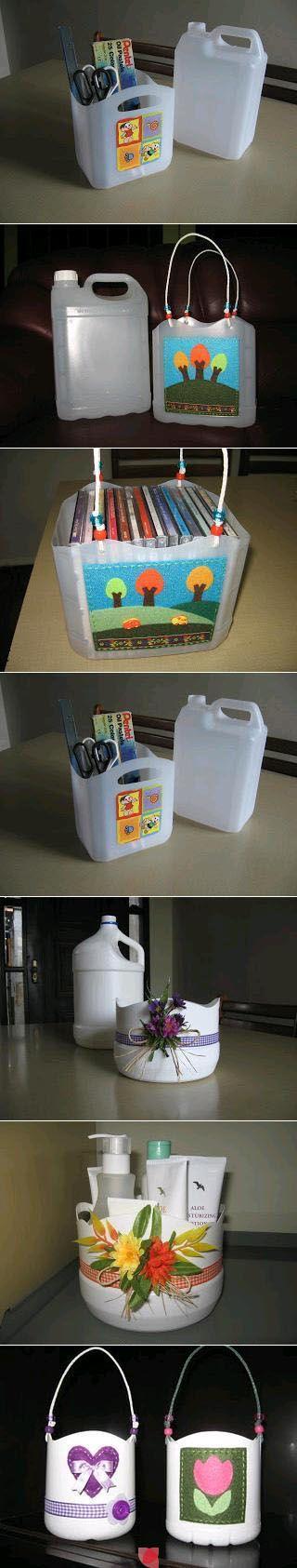 contenitori con bottiglie detersivi