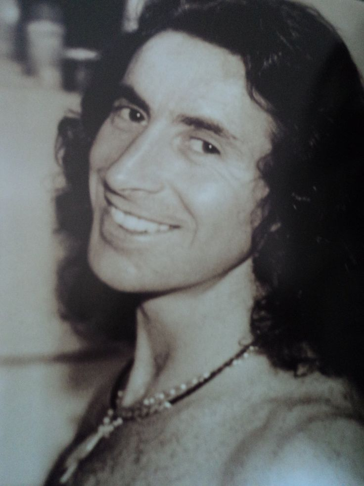 Bon Scott-lead singer and lyricist of Australian hard rock band AC/DC from 1974 until his death in 1980.
