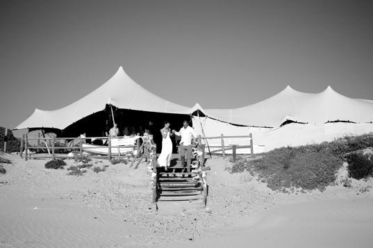 Beautiful venue for a beach wedding. Venue: Strandkombuis. Photo: Ryan Graham