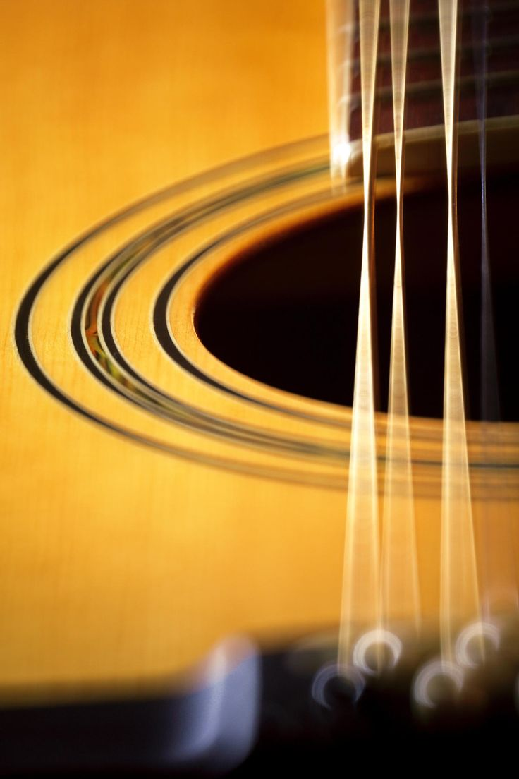 Guitar Twelve String 02 by MinoltaD on 500px