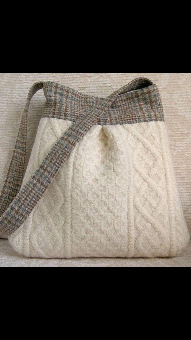 Zelf breien en vervilten in je wasmachine of gebruik een oude trui, wel evt voeren ivm uitzakken als het vervilten niet lukt want dan is het breisel niet zo stevig.