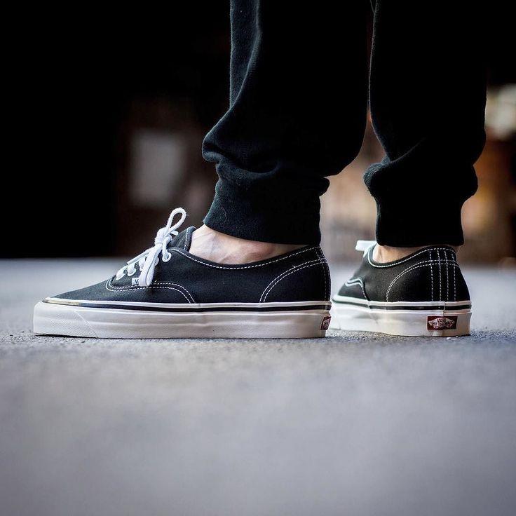 "VANS AUTHENTIC 44 DX "" ANAHEIM FACTORY PACK"" 8000 - @sneakers76 in store  online @vans @vans_europe #vans #authentic #44  Photo credit #sneakers76 #sneakers76hq #teamsneakers76  ITA - EU free shipping over  50  ASIA - USA TAX FREE  ship  29  #instakicks #sneakers #sneaker #sneakerhead #sneakershead #solecollector #soleonfire #nicekicks #igsneakerscommunity #sneakerfreak #sneakerporn #sneakerholic #instagood"