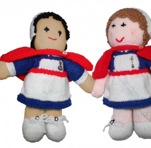 Knitting Pattern For Nurse Doll : 155 best images about knitting on Pinterest Free pattern, Toys and Ravelry
