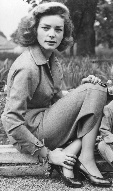Lauren Bacall, 1952