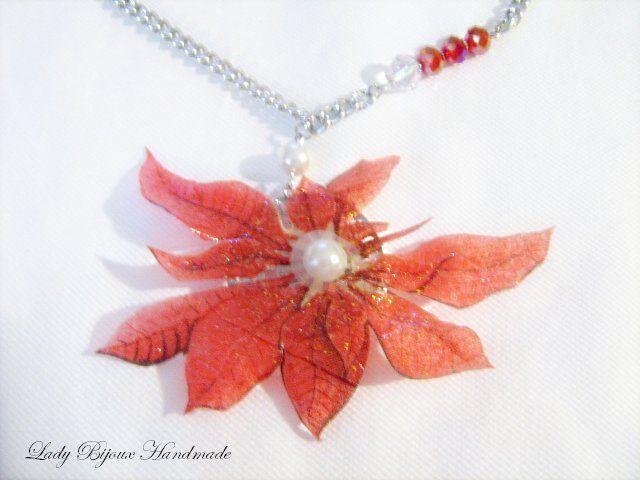 Collana con pendente ciondolo fiore rosso fatto in Sospeso Trasparente, by Lady Bijoux Handmade, 12,00 € su misshobby.com