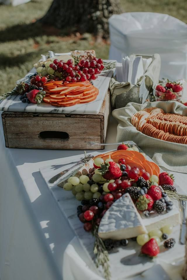 What a spread at Maddie and Cam's absolutely gorgeous wedding @nicolemower. Photo cred @kivalo
